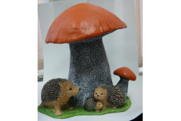 Фигура Гриб подосиновик двойной  с семьёй ежей  - интернет-магазин Крассула
