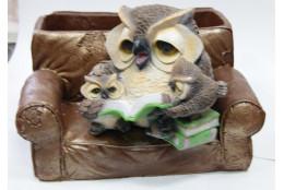 Фигура Зоокашпо *Совы в кресле с книжкой*
