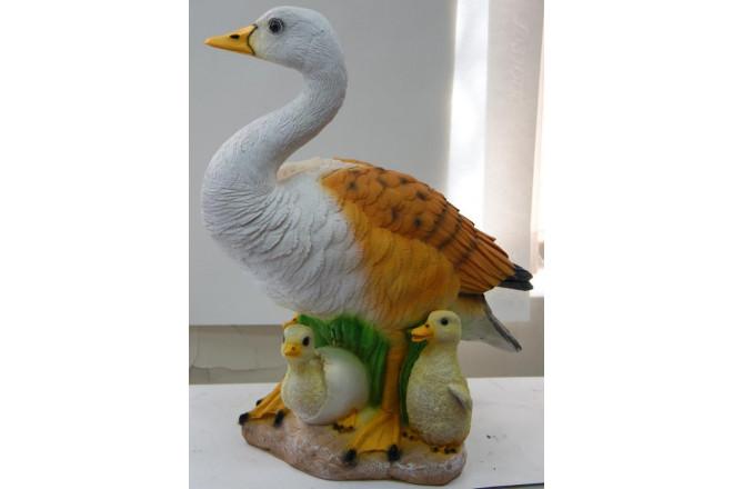 Фигура Утка с утятами в яйце - интернет-магазин Крассула