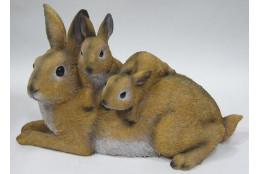 Фигура Зайцы лежащие семья
