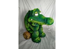 Садовая фигура Крокодил на бревнышке