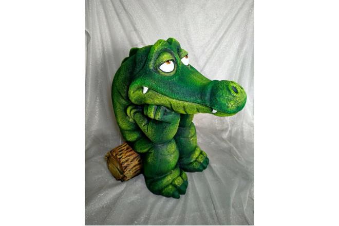 Садовая фигура Крокодил на бревнышке - интернет-магазин Крассула