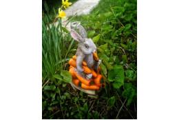 Садовая фигура Зайка Стиф на телеге