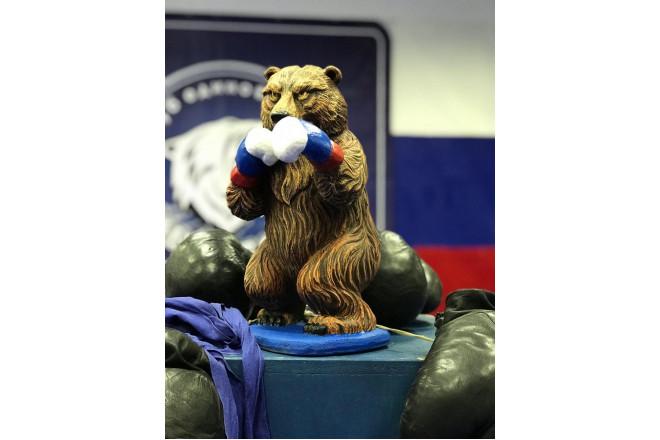 Фигура Медведь боксер - интернет-магазин Крассула