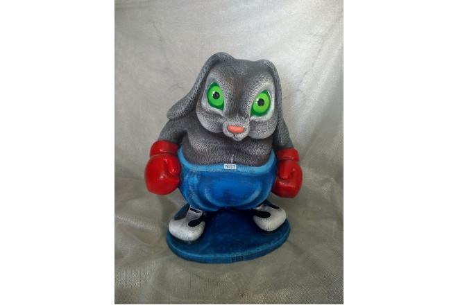 Садовая фигура Кролик боксер - интернет-магазин Крассула