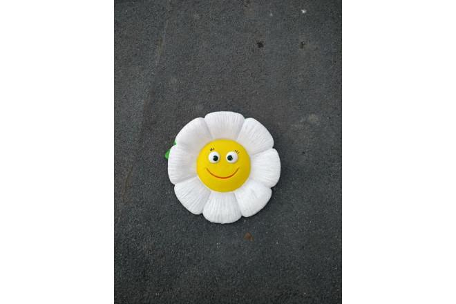 Садовая фигура Веселая ромашка - интернет-магазин Крассула
