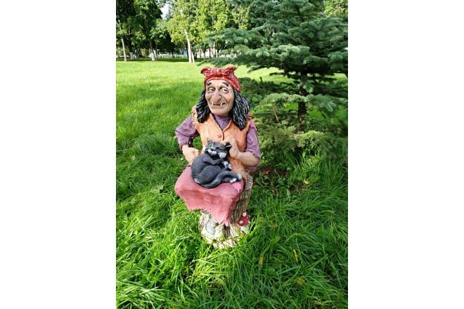 Фигура Баба-Яга на ступе с котом - интернет-магазин Крассула