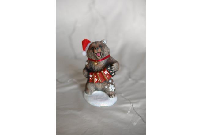 Фигура Медведь с гармошкой новогодний - интернет-магазин Крассула
